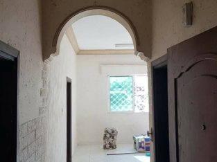 شقة طابقية للايجار / ضاحبة الحاج حسن